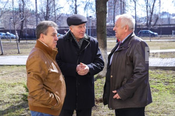 "KAMAL THEATRE ACTORS PLANTED ""THE NAMED"" TREES IN THE TATAR PHILHARMONICS AVENUE"